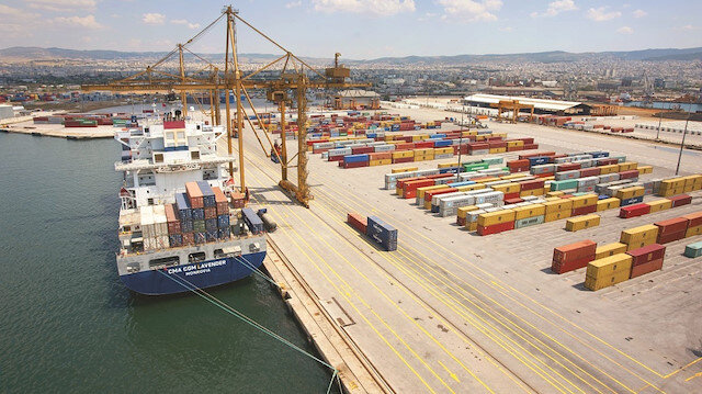 Yunan limanlarını paylaştılar: Çin ile ABD'nin ardından Ruslar