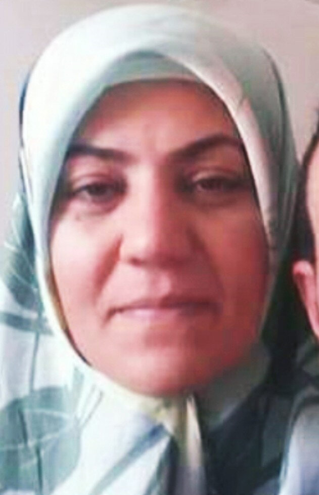 Samsun'un İlkadım ilçesinde tartıştığı eşi tarafından bıçaklanan kadın yaşamını yitirdi.
