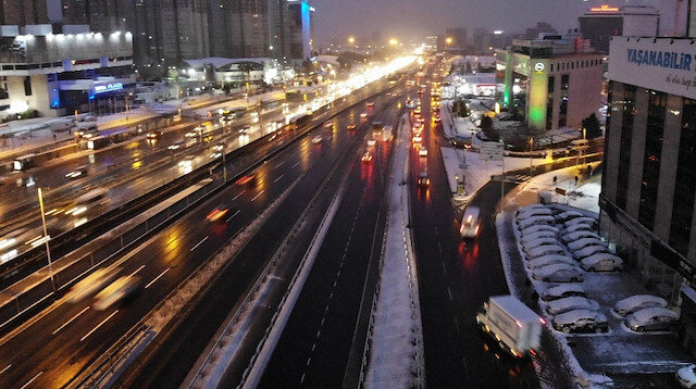 İstanbul'da kısıtlama sonrası trafik böyle görüntülendi
