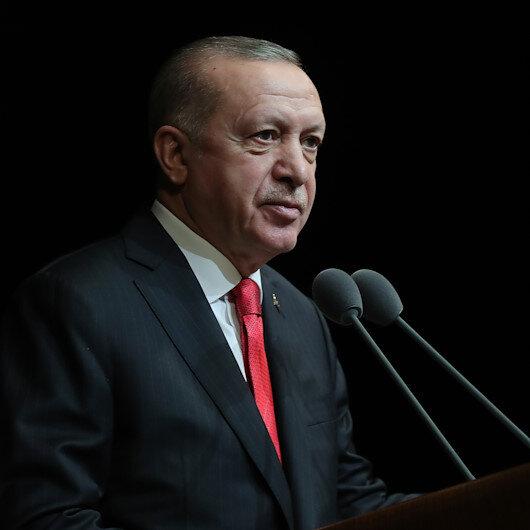 Cumhurbaşkanı Erdoğan: Türkçedeki çürümeye dur demek mecburiyetindeyiz