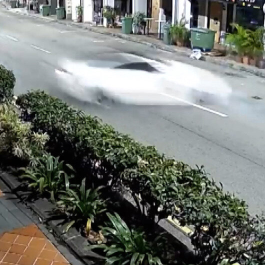 Singapurda lüks otomobil dehşeti: Araçtan çıkamayan 5 kişi hayatını kaybetti