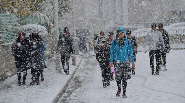 Meteoroloji sarı kodla uyardı: 33 kentte yoğun kar yağışı var