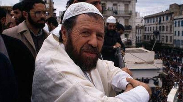 Cezayir'de bir menekşe: Abbas Medeni