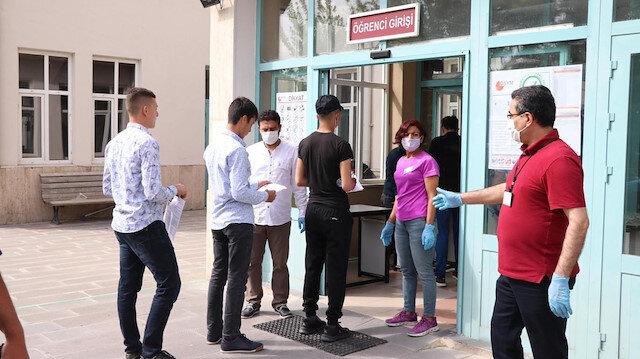 Milli Eğitim Bakanı Selçuk'tan yüz yüze sınav açıklaması: Tüm hazırlıklar tamam