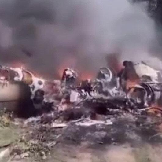 Meksikada askeri uçak düştü: 6 ölü