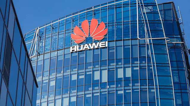 Huawei akıllı telefon üretimini yüzde 60 azaltıyor