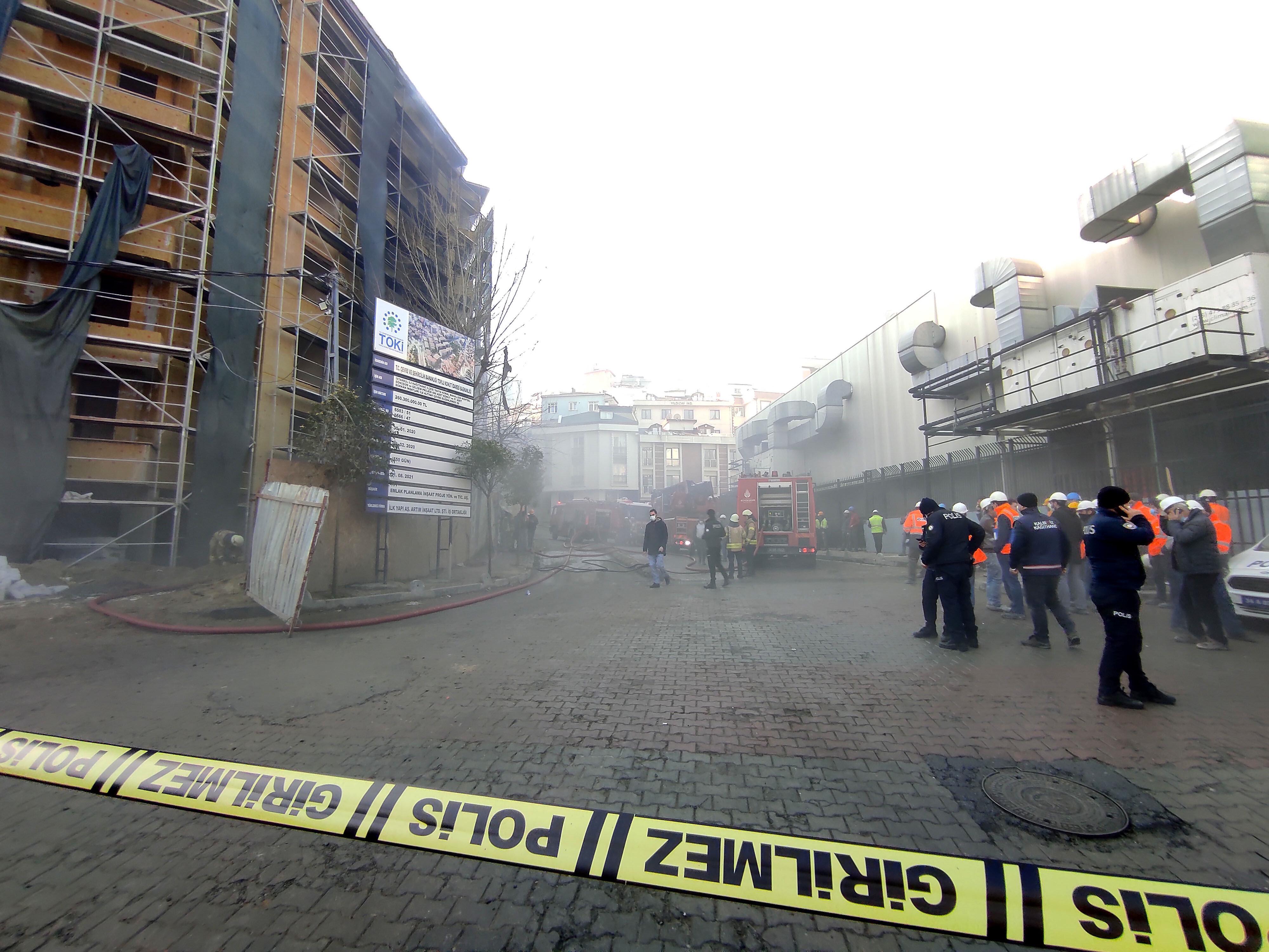 Olayda ölen ya da yaralanan olmazken, polis yangınla ilgili soruşturma başlattı.