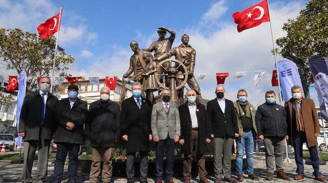 CHP hız kesmeden heykel açılışına devam ediyor: Edremit'te 'Ufka Bakan Atatürk' töreni yapıldı
