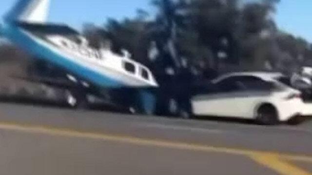 ABD'de uçakla otomobil kafa kafaya çarpıştı
