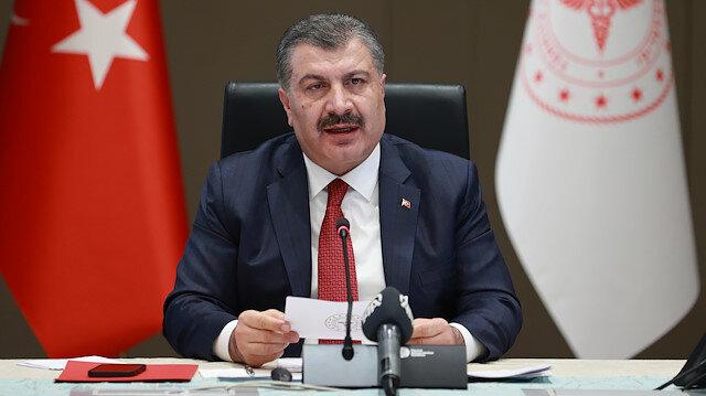 Sağlık Bakanı Koca CHP'nin ücretsiz aşı iddialarına yanıt verdi: Aşı savaşının olduğu bir dünyada üretici firma aşıyı bedavaya bağışlar mı?