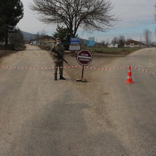 Tokat'ta 3 yerleşim yeri karantinaya alındı: Virüsü cenazeye katılanların yaydığı belirlendi