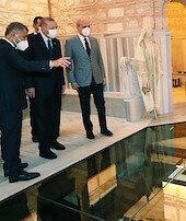 Erdoğan, Nevmekan Selimiyeyi ziyaret etti