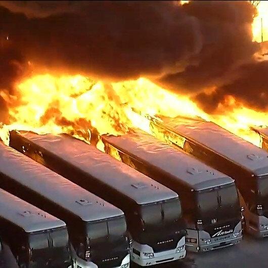 Kaliforniyada korkutan yangın: Otobüsler alev topuna döndü
