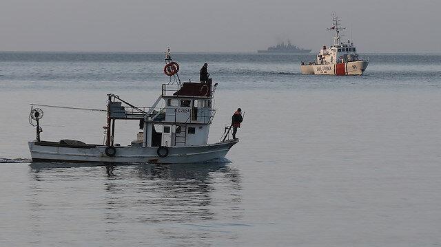 Gökçeada'da tekne faciası: Kayıp iki kişiyi arama çalışmaları sürüyor