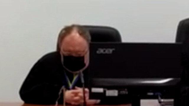 Duruşma sırasında uyuyakalan hakime soruşturma açıldı