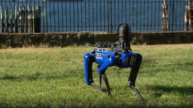 Boston Dynamics'in robot köpeği Spot polis operasyonunu başarıyla tamamladı