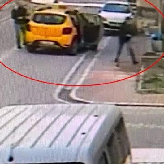 Esenyurtta taksiciyi gasp eden zanlı kamerada