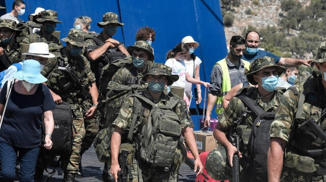 Yunanistan'da askerlik süresine Türkiye ayarı: 9 aydan 12 aya uzatıldı