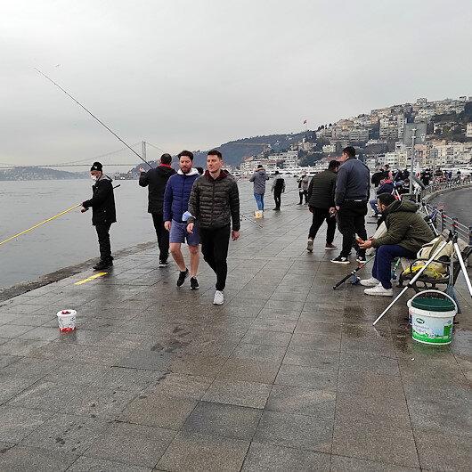 İstanbulda üç ay sonra yasaksız ilk cumartesi günü sahillere akın ettiler