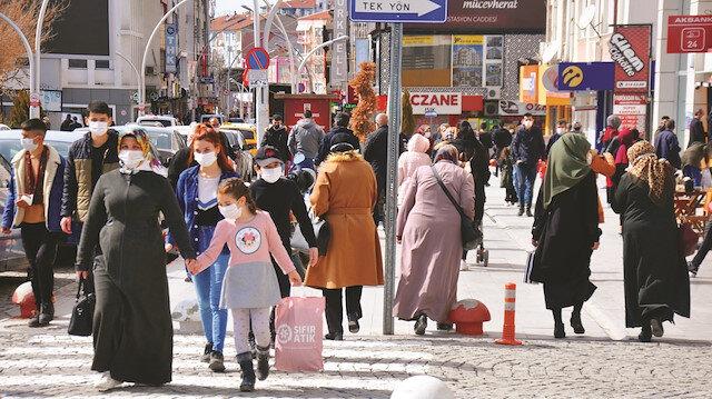 İstanbul, İzmir ve Ankara'da  vakalar arttı