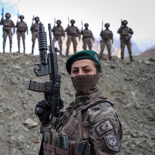 Kadın özel harekatçılar Hakkaride PKKnın korkulu rüyası oldu