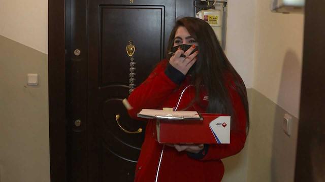 Aras Kargo'dan 8 Mart Dünya Kadınlar Günü'nde kadın çalışanlarına gülümseten sürpriz: Kargo teslimine gittiler, sürpriz hediye aldılar
