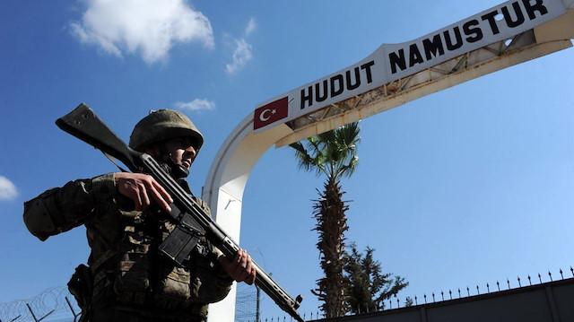 Suriye'den ülkemize girmeye çalışan 11 kişi yakalandı: Biri kırmızı bültenle aranan terörist