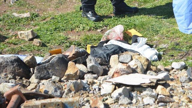 Ayvalık'ta vahşet: Boş arazide poşetin içinden çıktı