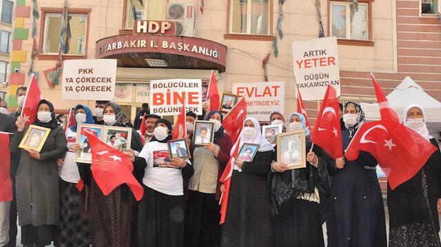 Evlat nöbetindeki ailelerden Ali Babacan'a tepki: DEVA Partisi derdimize deva olmadı!