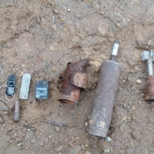 Bitlis'te PKK'lı teröristlerin 9 odalı sığınağı imha edildi