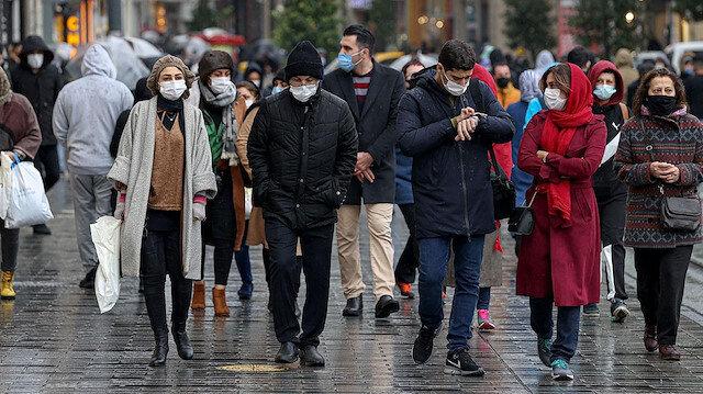 Bilim Kurulu üyesi Yavuz açıkladı: İstanbul'da üçüncü dalga görülüyor