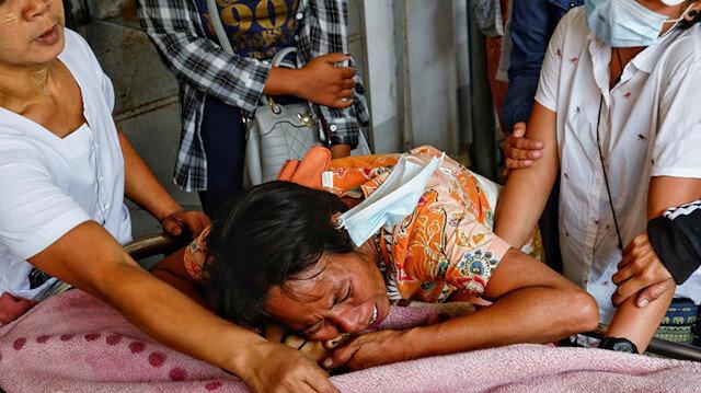 Myanmar'daki darbenin en küçük kurbanı: Protestoculara yapılan baskın sırasında 7 yaşında kız çocuğu öldürüldü