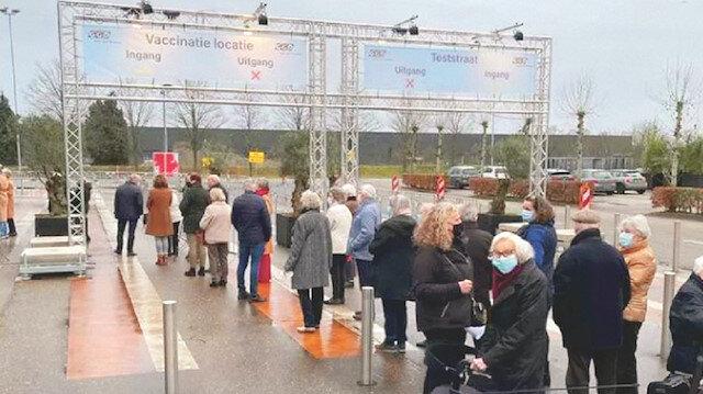Keşke Türkiye'de olsak: Avrupa'da aşı kuyruğu