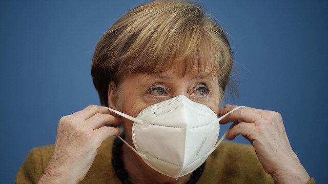 Üçüncü dalgayı yaşayan Almanya'da Paskalya öncesi koronavirüs önlemleri geri çekildi: Merkel 'önlem alındığı için' özür diledi