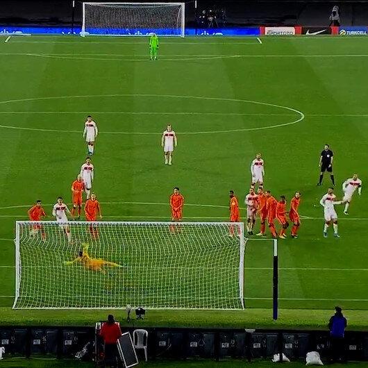 Burak Yılmazdan Hollandaya muhteşem frikik golü
