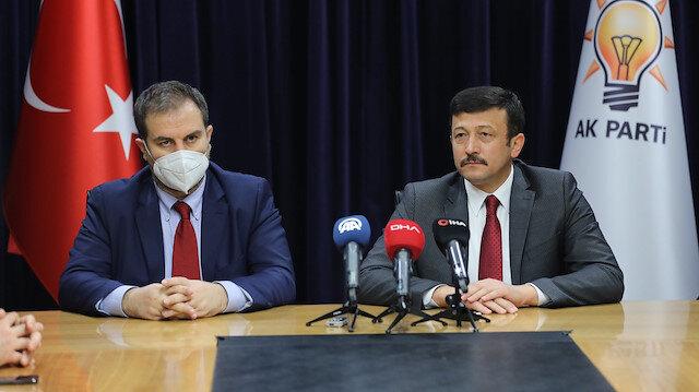 AK Parti'de devir teslim: Mustafa Şen AR-GE ve Eğitim Başkanlığı görevini devraldı