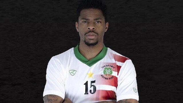 Ryan Donk, ilk kez formasını giydiği Surinam Milli Takımı'nda 'maçın adamı' seçildi