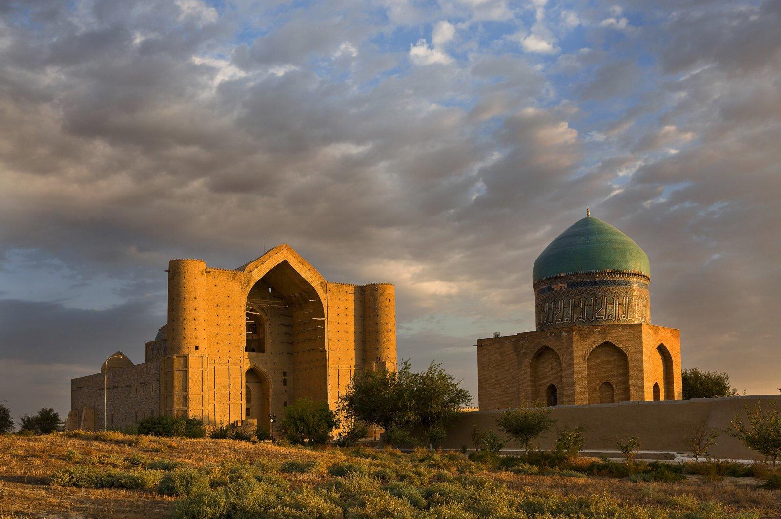 Kazakistan'ın kenti Türkistan, Türk dünyasının manevi başkenti olmaya  hazırlanıyor