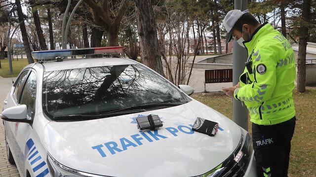 Aynı gün ikinci kez 'çakar takmak' suçundan ceza alan sürücü: Alın bunu devlet kullansın