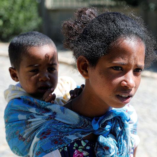 Beş kardeşinin sorumluğu anne ve babası gözlerinin önünde katledilen 14 yaşındaki Mibraka kaldı