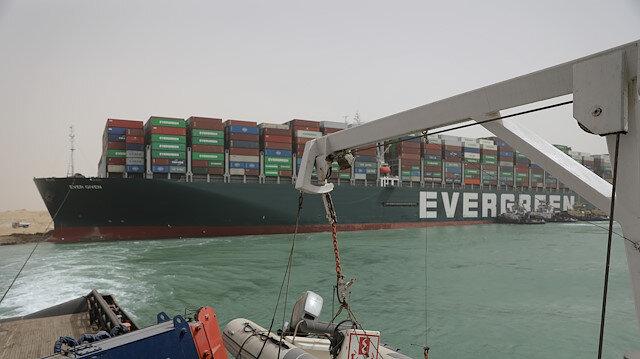 Süveyş'te yüzdürülen Ever Given isimli gemi ikinci kez kurtarıldı