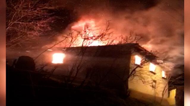 Bursa'da sobayı benzinle yakmak isteyen adam evi yaktı