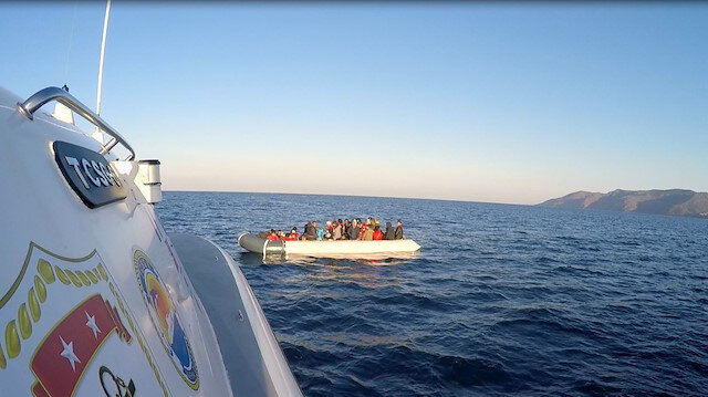 Yunanistan'ın göçmenlere zulmü sürüyor: Yunan ölüme terk etti, Türk Sahil Güvenlik'i kurtardı