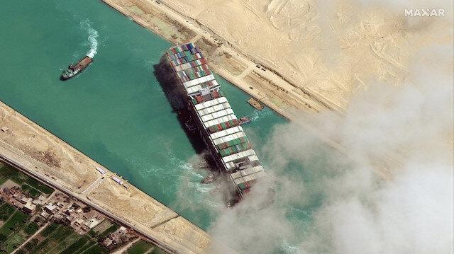 Dünya ticaretini aksatmıştı: Süveyş Kanalı'nın kapayan gemiye soruşturma