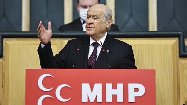 Bahçeli'den AYM'ye HDP tepkisi
