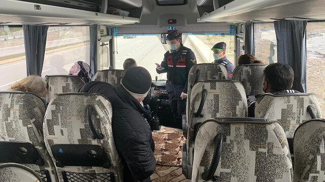 Samsun'da testi pozitif çıkan kişi yolcu otobüsünde yakalandı