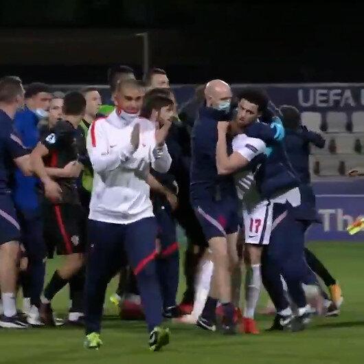 Hırvatistan - İngiltere maçında bitiş düdüğüyle tansiyon yükseldi