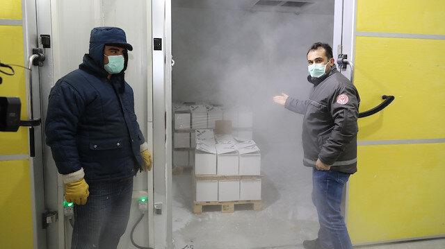 Eksi 80 derecede saklanıyor: 2,8 milyon BioNTech aşısı Türkiye'ye getirildi