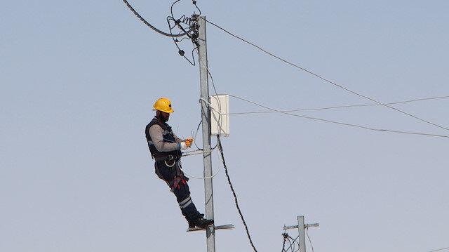 Bingöl'de kaçak elektriğe karşı direklere 3 bin sayaç
