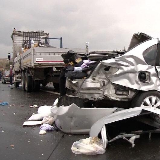 Ankarada zincirleme trafik kazası: 4 ölü, 5 yaralı